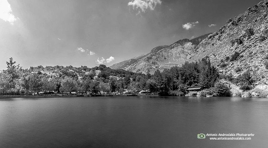 Λίμνη Ζαρού